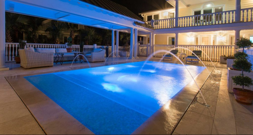 Perimeter Overflow Swimming Pool Located In Mt Pleasant Sc Aqua Blue Pools