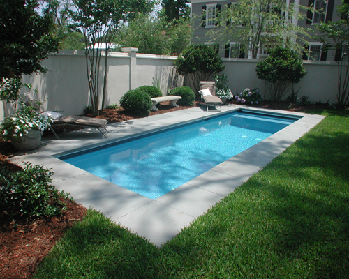 Rectangle Swimming Pool Located In The Ion Subdivision Of Mt Pleasant Sc Aqua Blue Pools