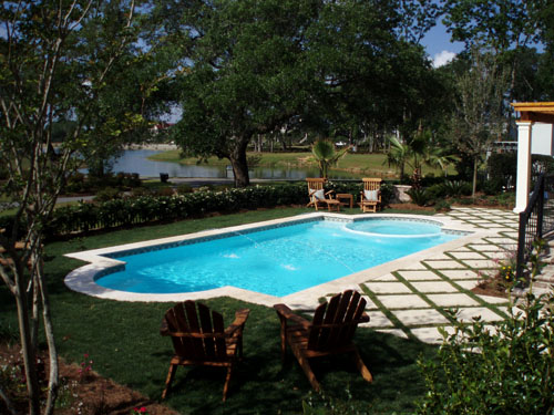 Fiberglass Pool/Spa Combo Backyard Scene