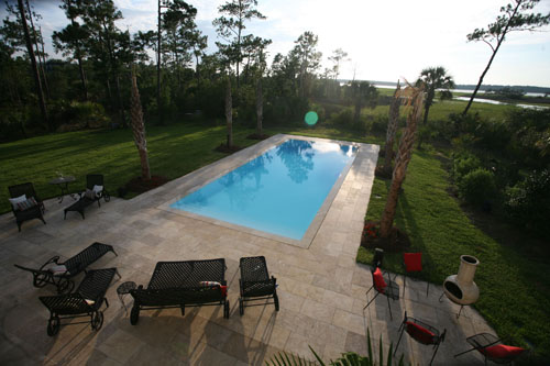 Fiberglass Wet Edge Pool