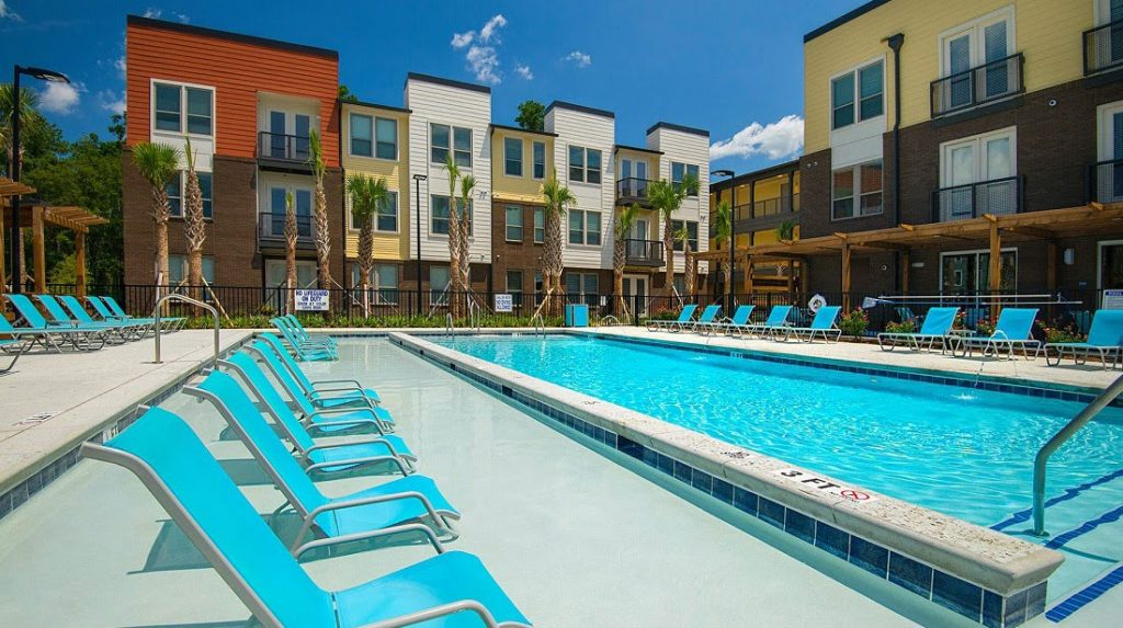 Multi family swimming pool located in north charleston for Pool showcase