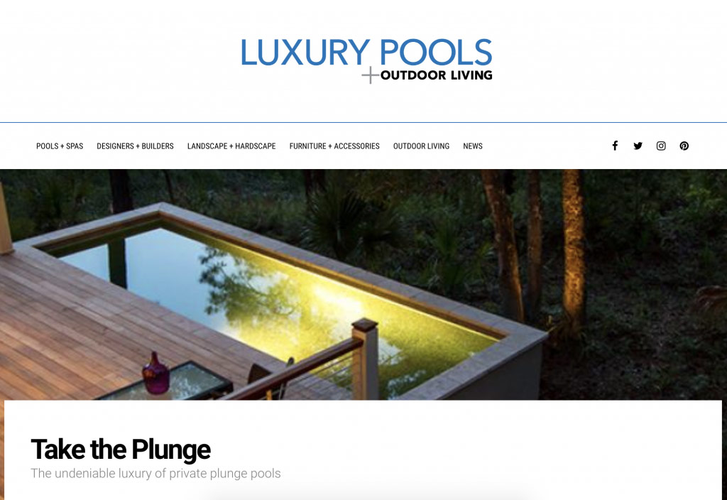 luxury-pools-aqua-blue