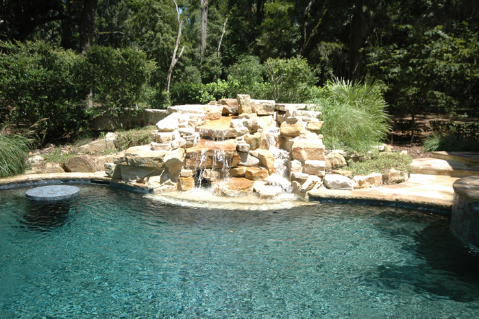 Swimming Pool Rock Features : Residential pools page of aqua blue