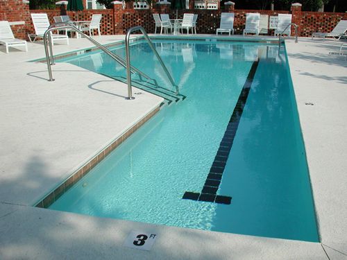 Geometric Swimming Pool Located In Mt Pleasant Sc Aqua