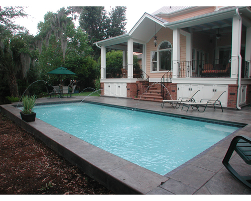 Rectangle Swimming Pool with Deck Jet Water Features | Aqua Blue Pools